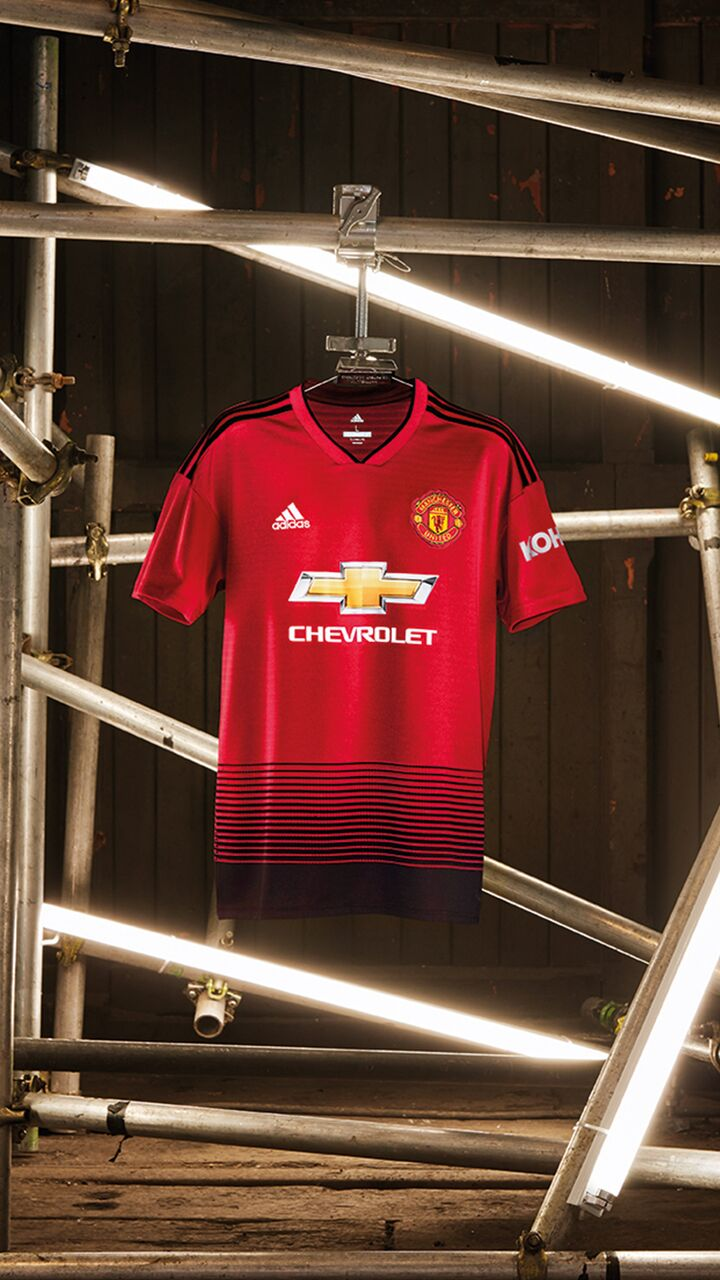 25910500c adidas and Manchester United launch new home kit for season 18 19 - Goal