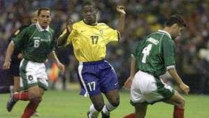 Rafa Marquez Mexico Beto Brazil 1999 Confederations Cup final