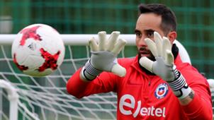 Claudio Bravo Chile training 160617
