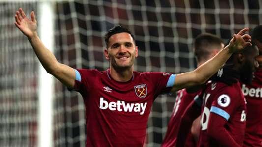 Lucas Perez, West Ham