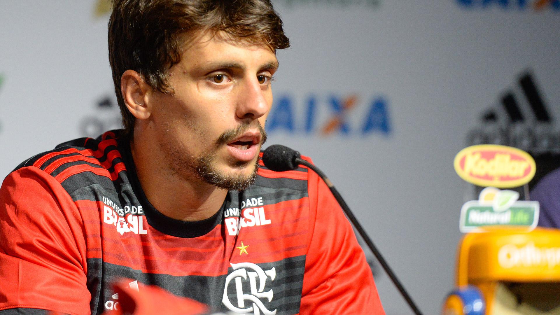 Rodrigo Caio Flamengo apresentação