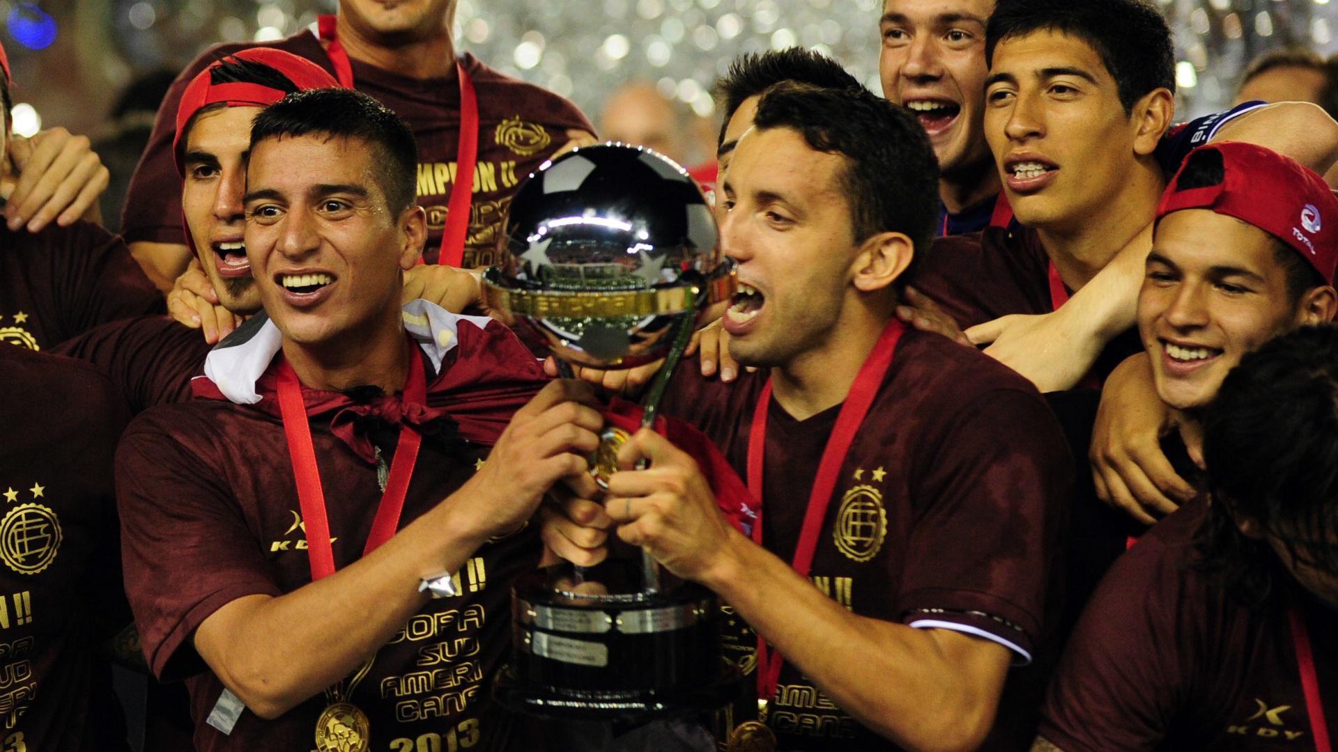 Jorge Marciano Ortiz Diego Pulpo Gonzalez Copa Sudamericana 2013 Lanus