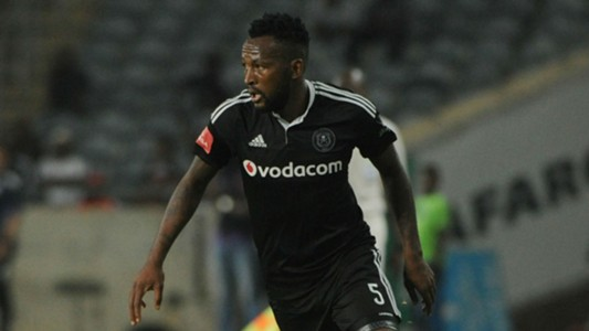 Pirates, Mpho Makola