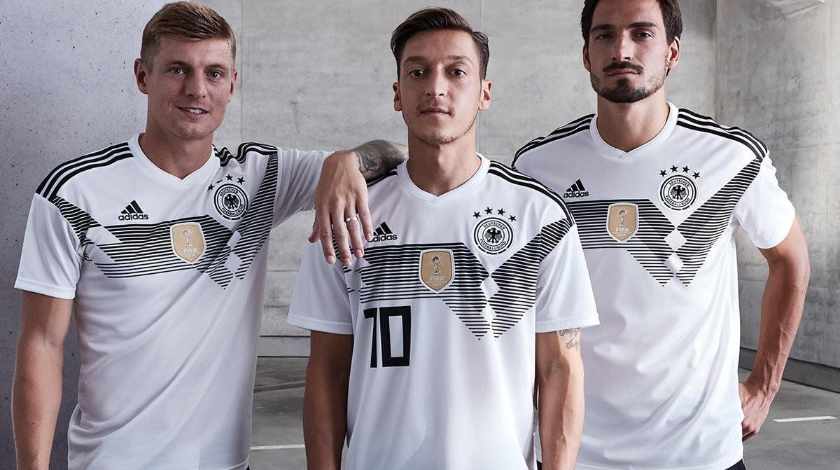قمصان المنتخبات في كأس العالم 06112017