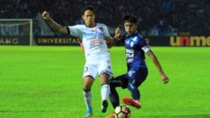 Johan Ahmat Farizi - Arema & Irfan Bachdim - Bali United Pekan Ke-11