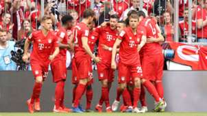 Bayern Munich celebrate vs Eintracht Frankfurt