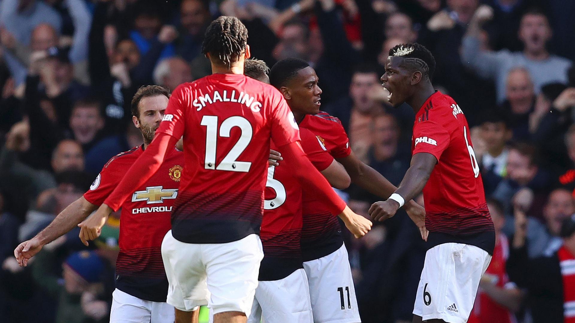 Man Utd celebrate vs Chelsea