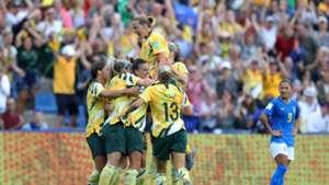 Australia v Brazil