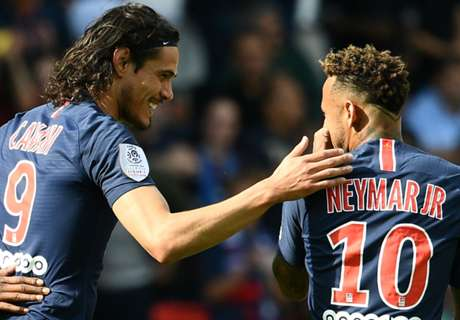 Cavani blasts media for speculation over Neymar rift