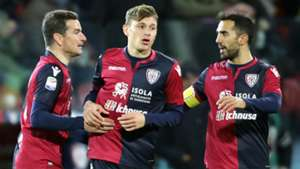 Barella Cagliari celebrating Serie A