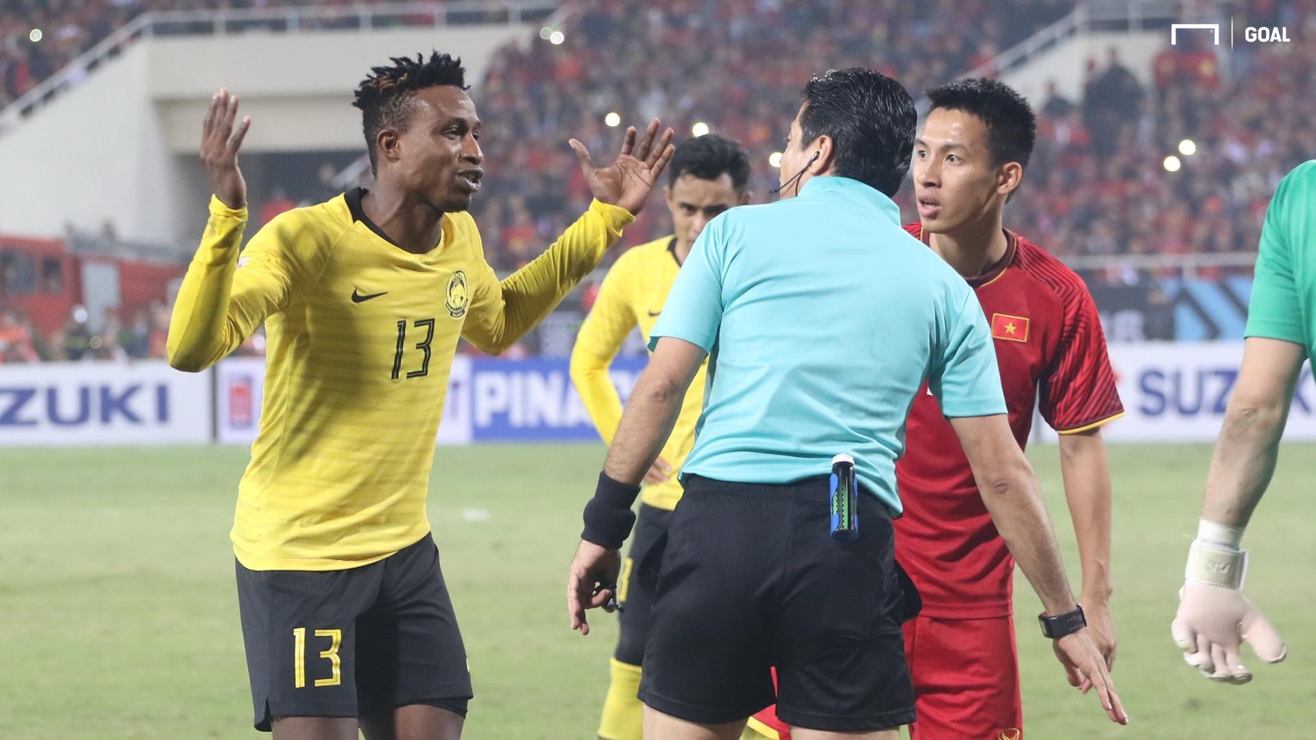 Alireza Faghani referee Vietnam Malaysia AFF Cup 2018 final
