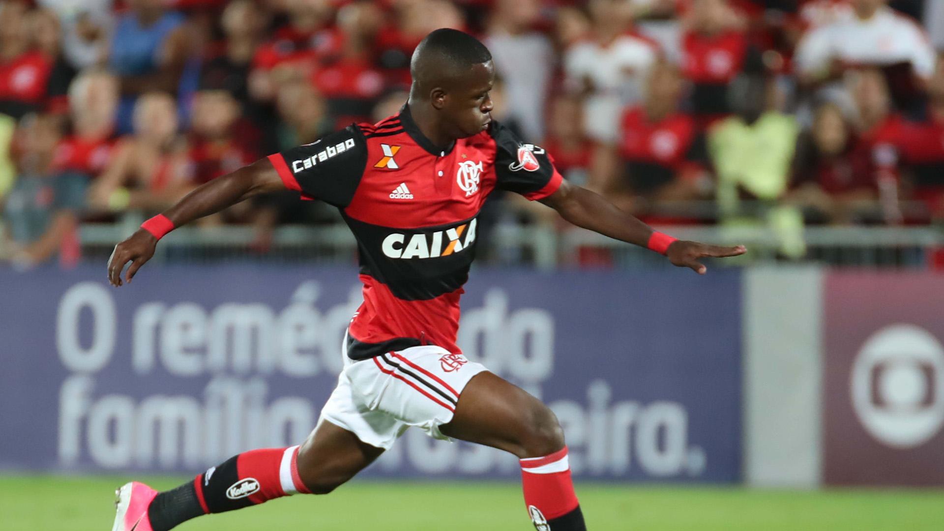 Vinicius Junior Flamengo Chapecoense Brasileirao Serie A 22062017