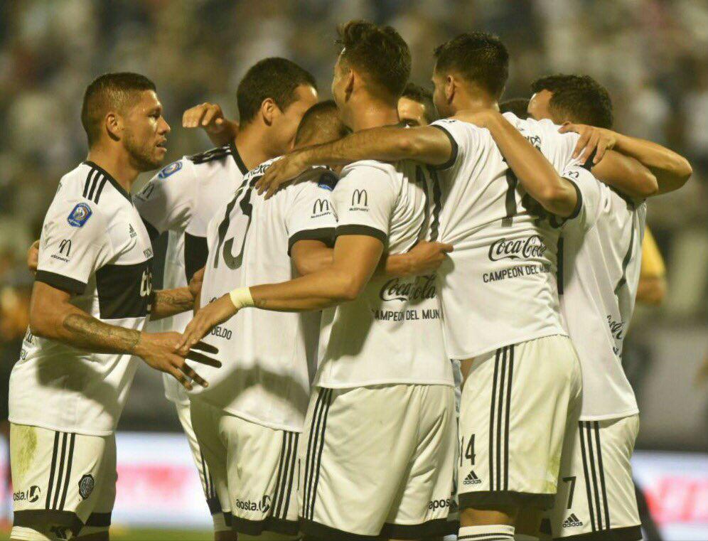 Olimpia, invicto, lidera el Clausura tras derrotar a General Díaz
