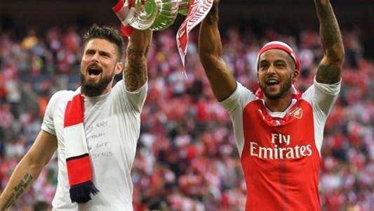 Olivier Giroud Theo Walcott Arsenal