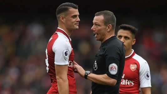 Granit Xhaka Arsenal Kevin Friend referee