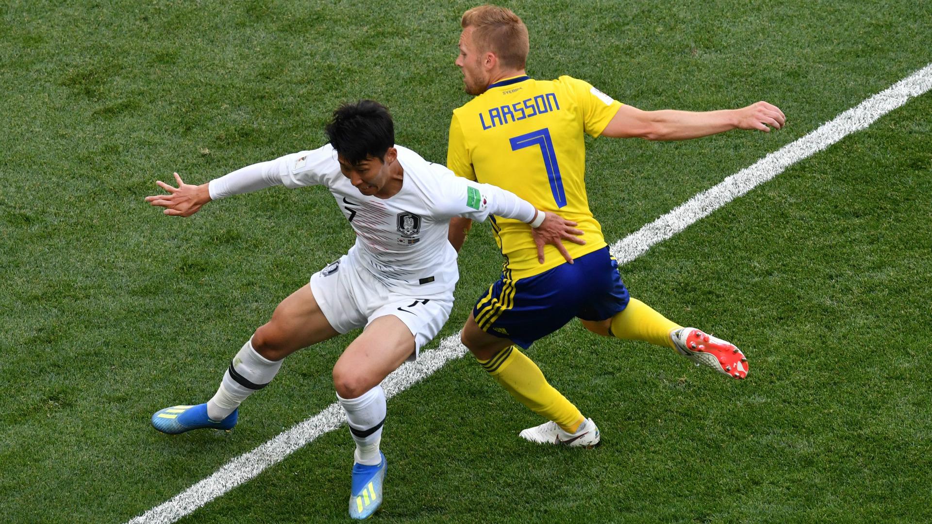 Son Heung Min South Korea Sebastian Larsson Sweden  World Cup