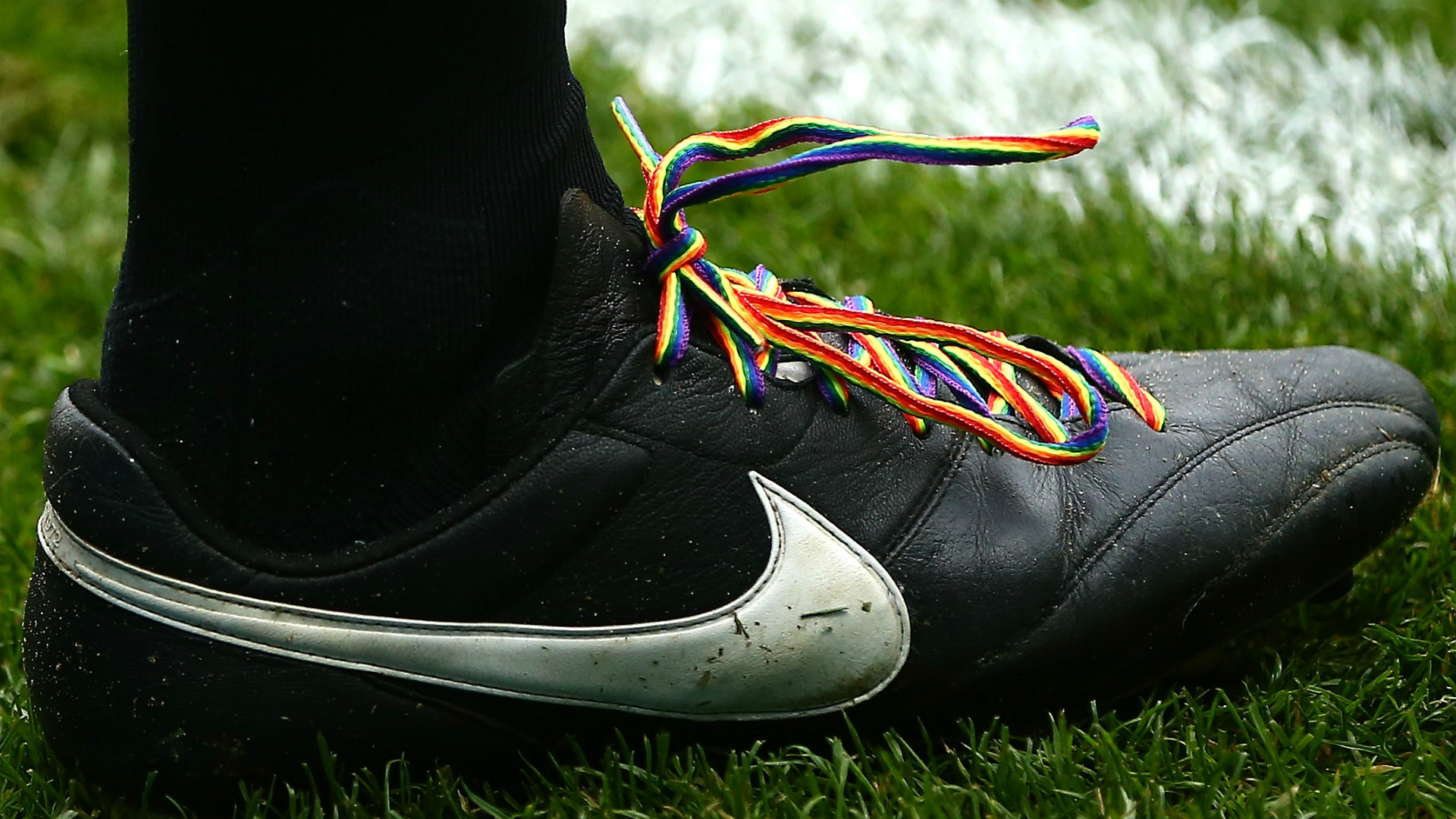 Stonewall launches Rainbow Laces campaign for inclusion in football