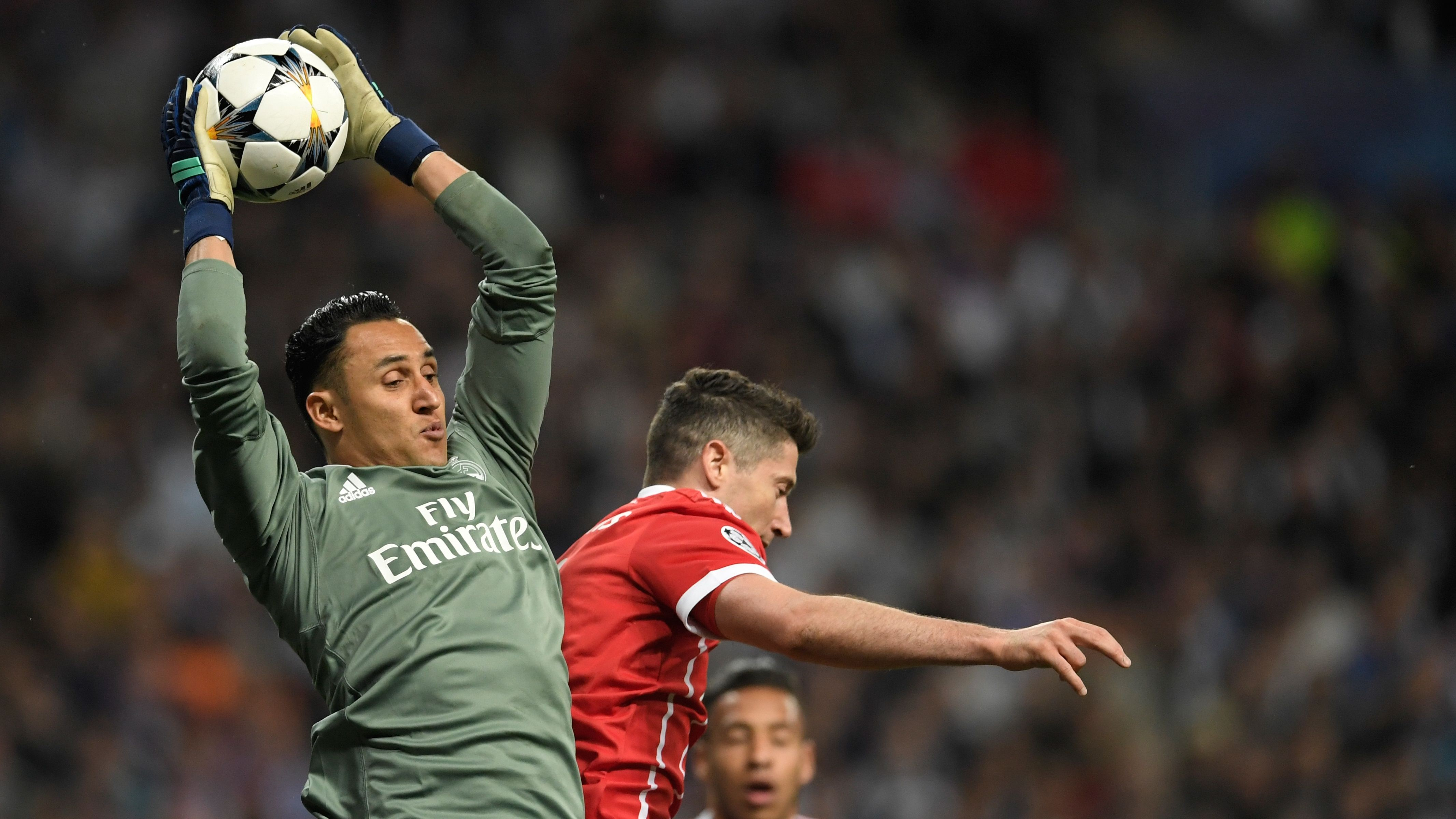 Keylor Navas Robert Lewandowski Real Madrid Bayern Munich UCL 01052018