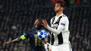 Rodrigo Bentancur Ashley Young Juventus Manchester United