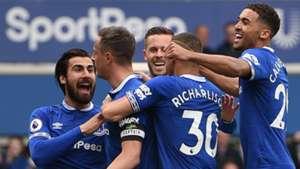 Everton celebrate Phil Jagielka's goal vs Arsenal, Premier League, 2018-19