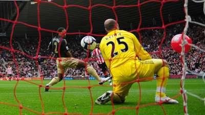 Pepe Reina, Sunderland - Liverpool, 2009