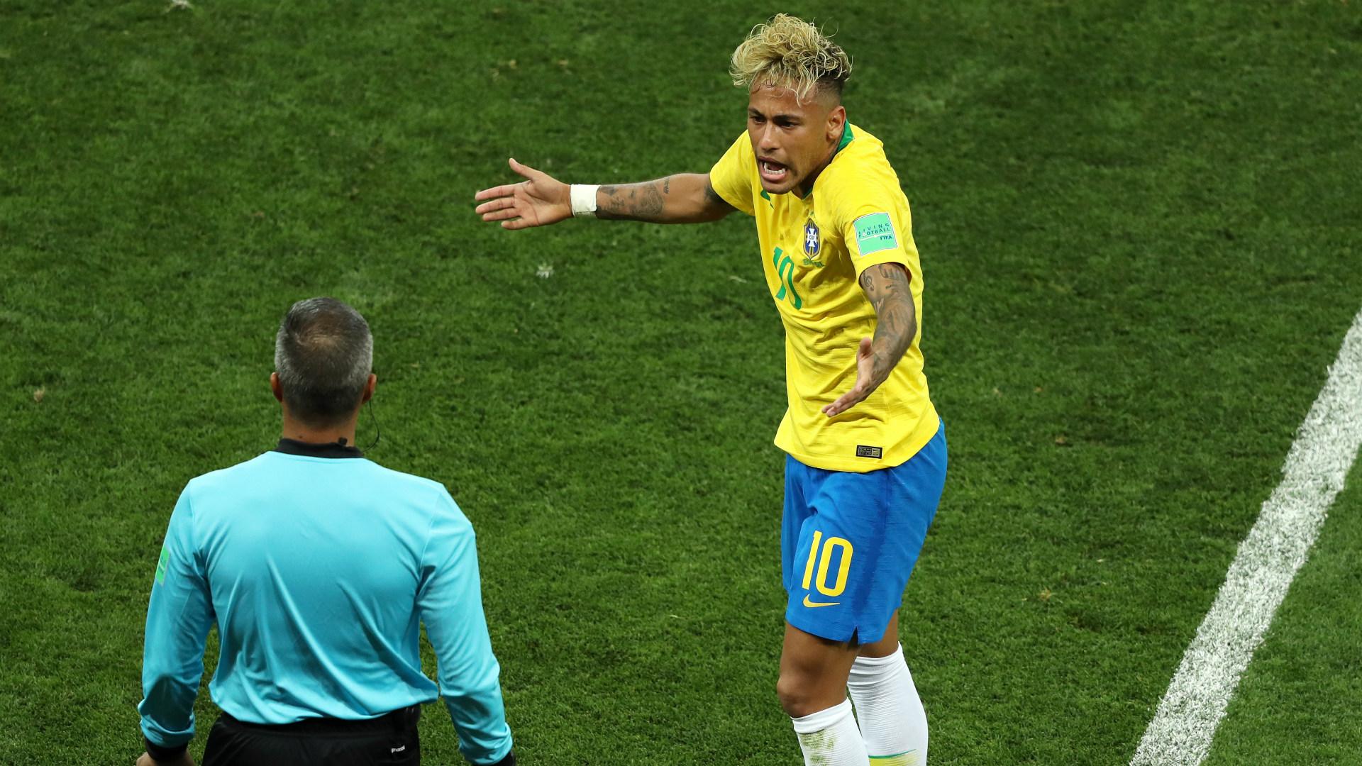 Neymar Brazil Switzerland WC 2018