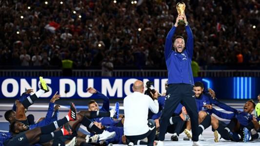 Hugo Lloris France celebrations