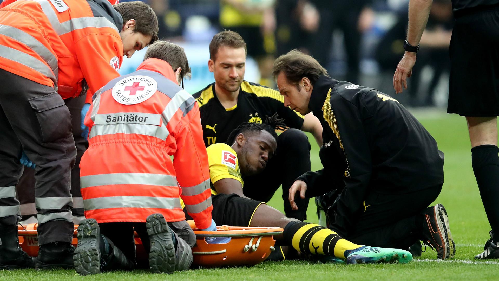 Verdacht auf Knöchelbruch! BVB-Stürmer Batshuayi droht WM-Aus