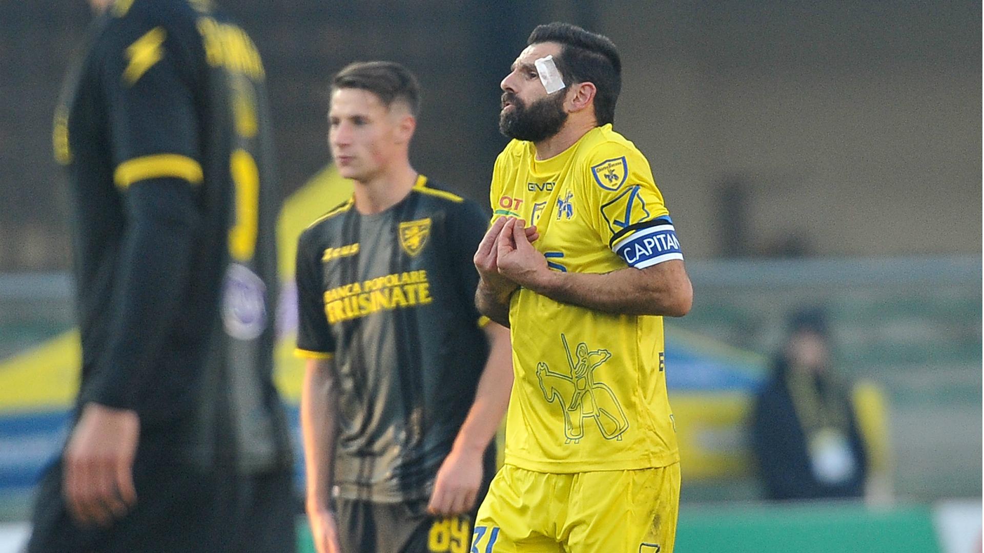 Chievo-Cagliari 0-3: Pisacane, Joao Pedro e Ionita blindano la salvezza