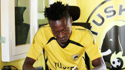 Sammy Meja signs for Tusker from Thika United.
