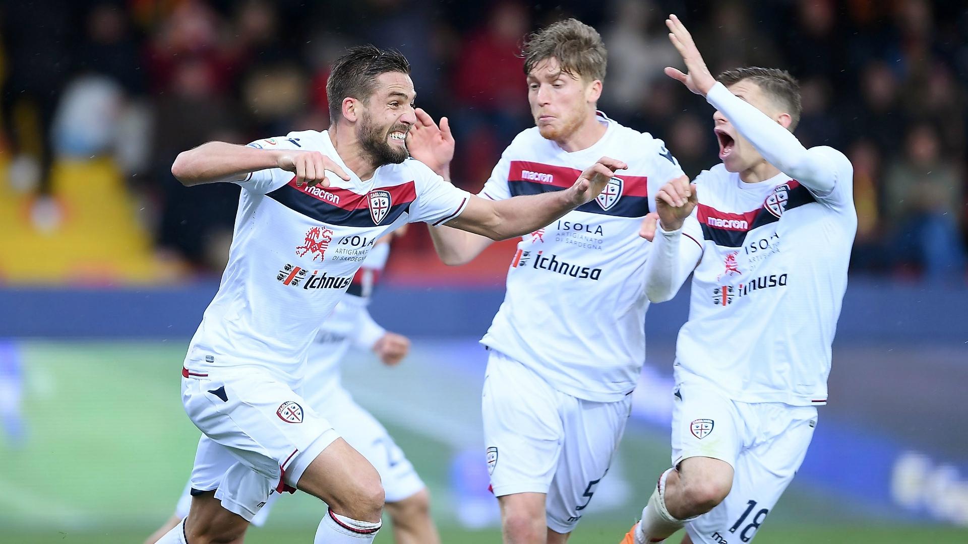 Leonardo Pavoletti celebrating Benevento Cagliari Serie A 03182018