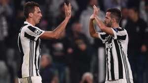 Pjanic Mandzukic Juventus Sporting Champions League