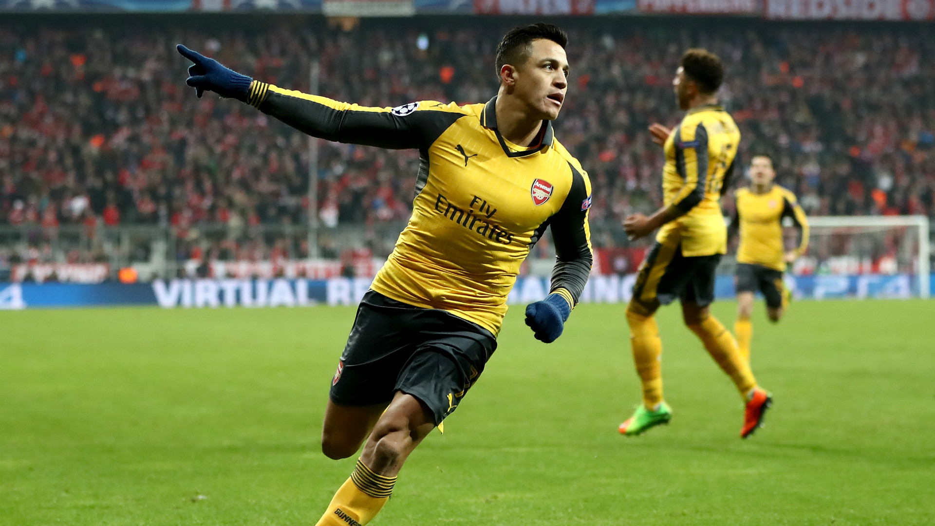 Alexis Sanchez Arsenal Bayern Munich Champions League