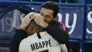 Gianluigi Buffon Kylian Mbappe PSG Paris Saint-Germain 2018-19