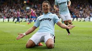 chicharito gol festejo west ham crystal palace