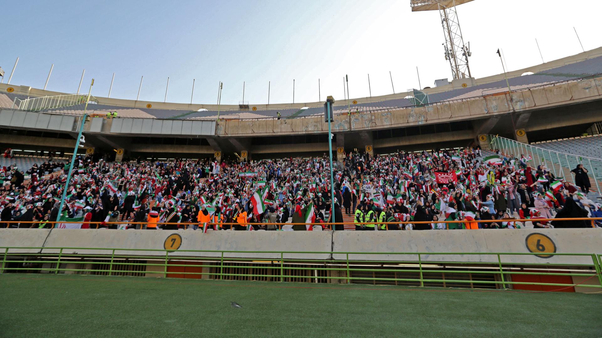 iran women stadium azadi