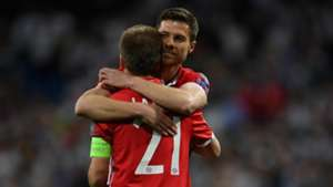 Philipp Lahm Xabi Alonso Bayern München
