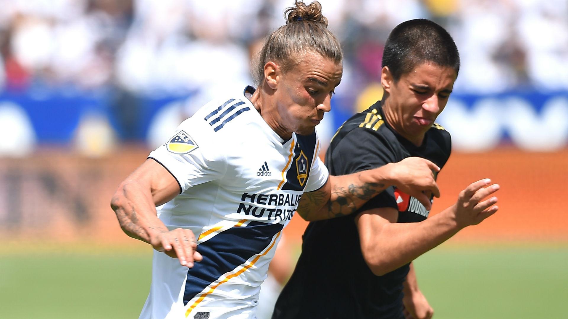 Joao Moutinho Rolf Feltscher LAFC LA Galaxy MLS 2018