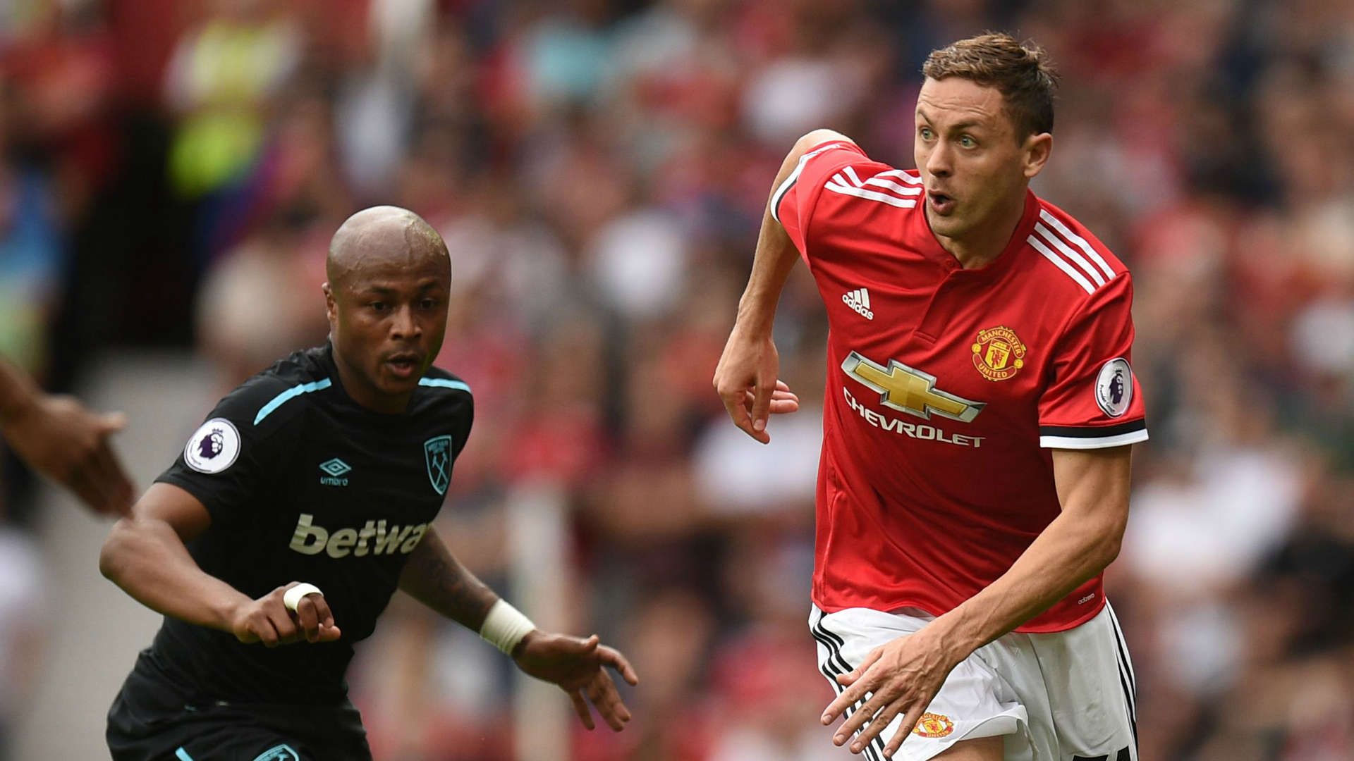 Nemanja Matic Manchester United Premier League 08132017