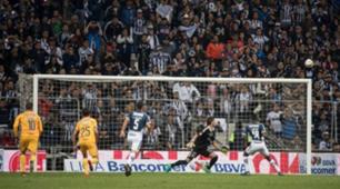 Monterrey Tigres Avilés Hurtado penalti fallado 101217
