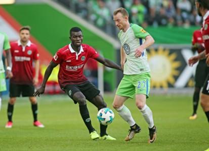 VfL Wolfsburg Hanover 96 Maximilian Arnold