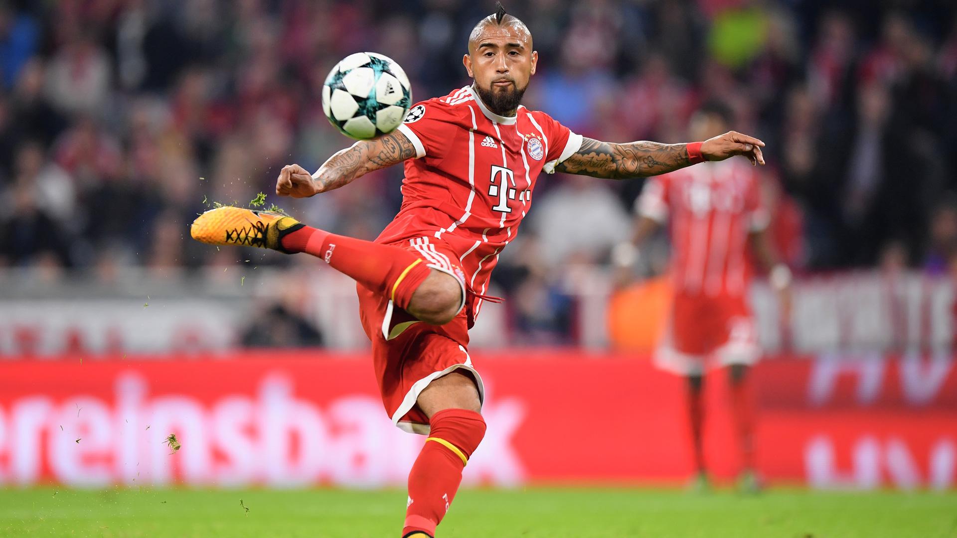 Arturo Vidal FC Bayern Champions League 101817