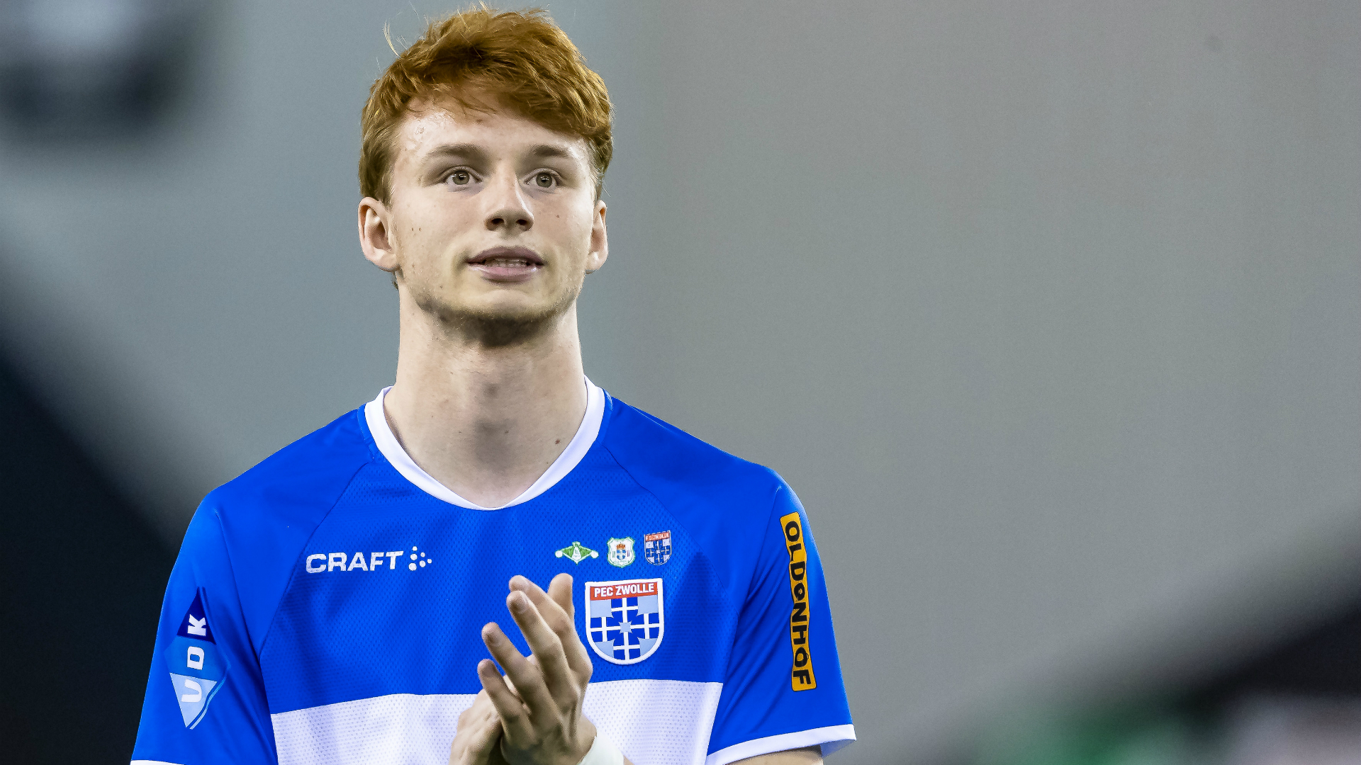 Liverpool set to sign 17-year-old defender Sepp van den Berg
