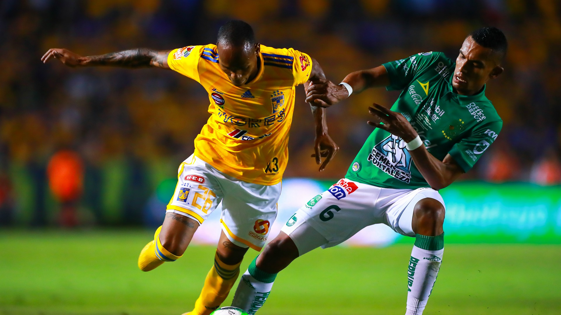 Tigres León Luis Quiñones William Tesillo