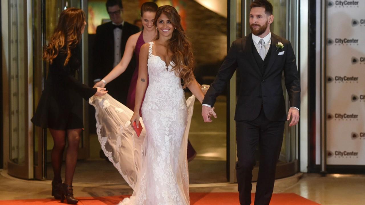 Matrimonio Messi : Spettacolo wags al matrimonio di messi ecco tutte le foto