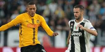 Pjanic Hoarau Juventus Young Boys Champions League