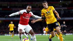 Alexandre Lacazette Conor Coady Arsenal vs Wolves Premier League 2018-19