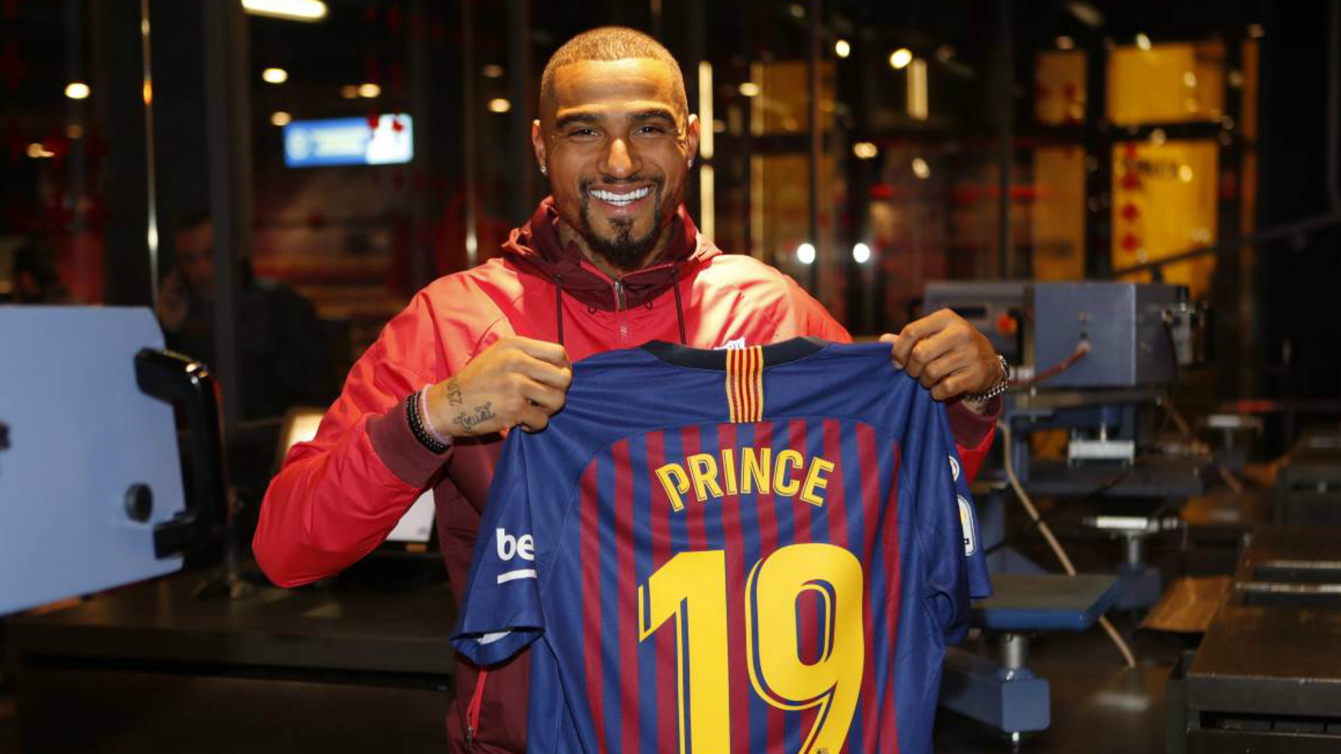 Com Boateng, Barcelona confirma time diferente, mais durão e de bad boys