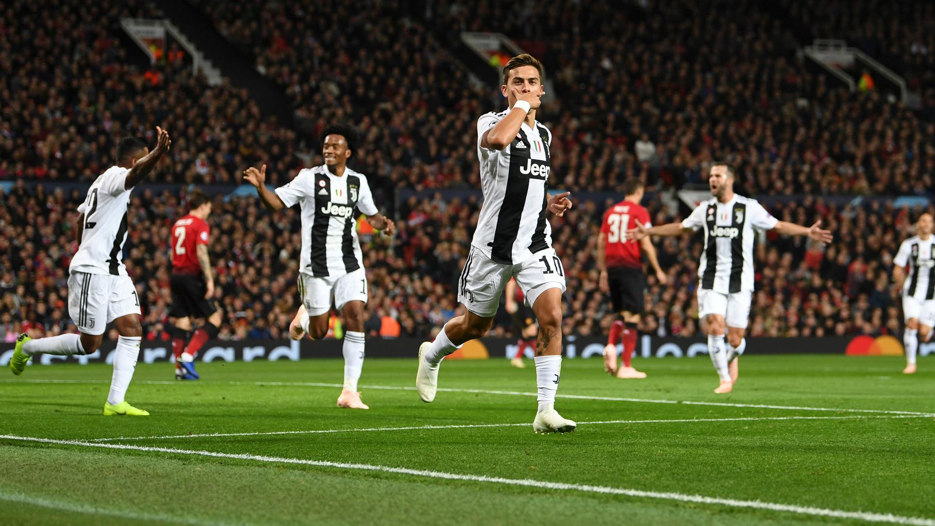 Juventus celebrating Manchester United Juventus UEFA Champions League
