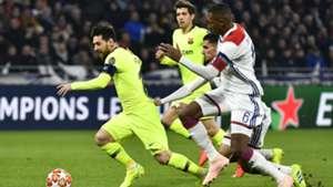 Lionel Messi Houssem Aouar Lyon barcelona Champions League 19022019